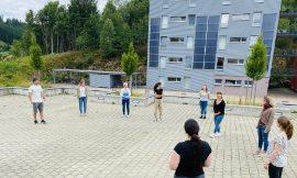 GLK-Trainer vor der Hochschule Furtwangen